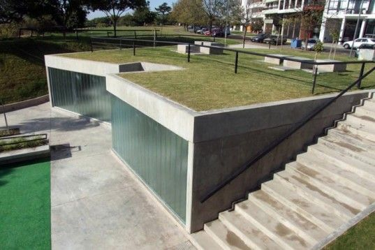 Green-roofed Public Restroom Facility in Argentina Offers Amazing River Views