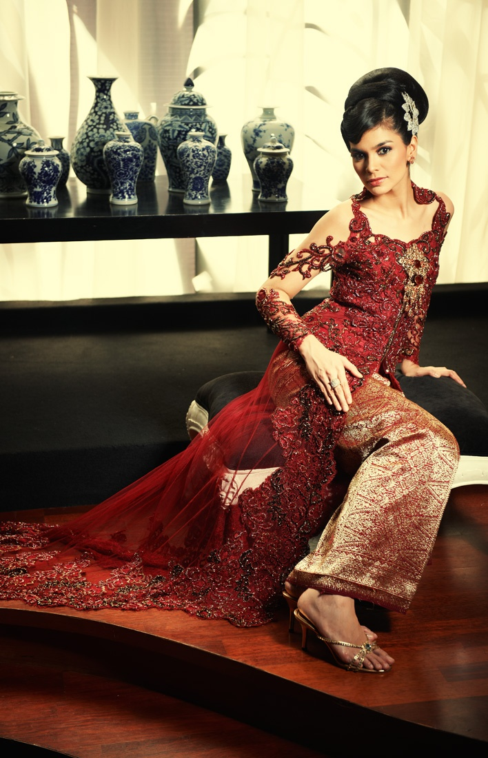 an Eye Notes: Fashion spread (kebaya shots) - Perkawinan magz, July 2011