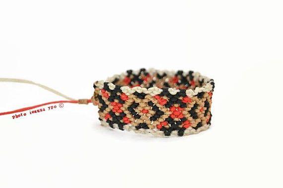 Tribal macrame bracelet Eternity bracelet geometric