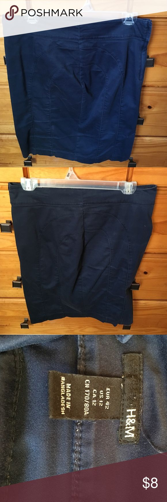 H&M Navy Blue Knee Length Pencil Skirt Navy blue knee length pencil skirt. Lightly used. Fits nicely. H&M Skirts Pencil