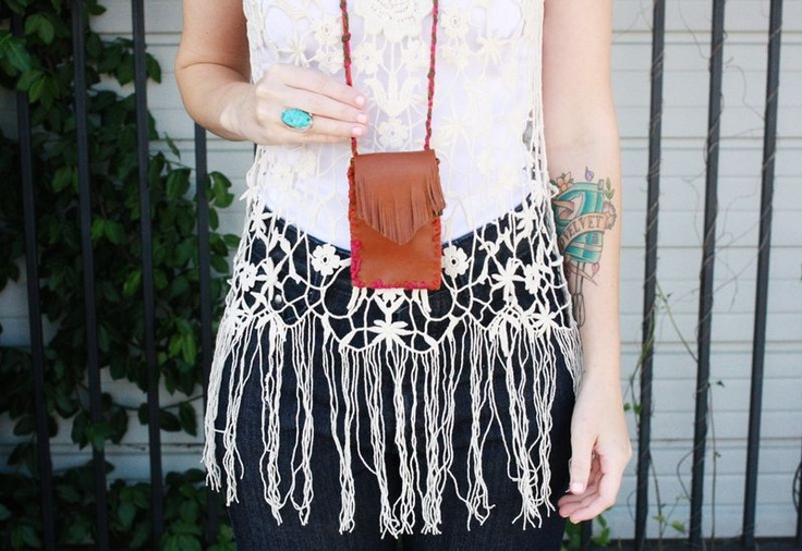 I want to make this! And then go out dancing. And to the farmers market. And everywhere that I don't wanna carry a purse wearing it.: Card Holder Necklace, Crafts Ideas, Creative Ideas, Card Holder Mini, Cute Ideas, Credit Cards, Card Holders, Card Holder Great