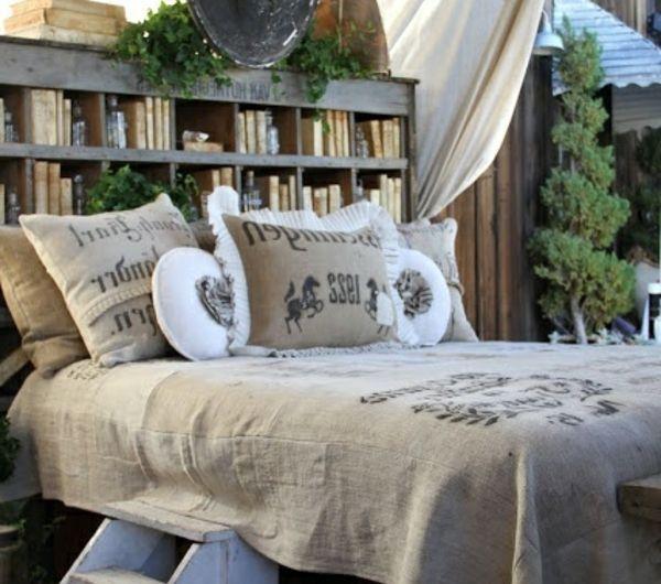 idées-pour-fabriquer-une-tête-de-lit-déco-diy-faire-vous-mêmes-livres