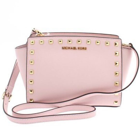 Michael Kors studded Selma Brand new Michael Kors light pink studded Selma. Never used, comes with dust bag! Size medium. Message me with questions! Color: pale pink! Michael Kors Bags Crossbody Bags