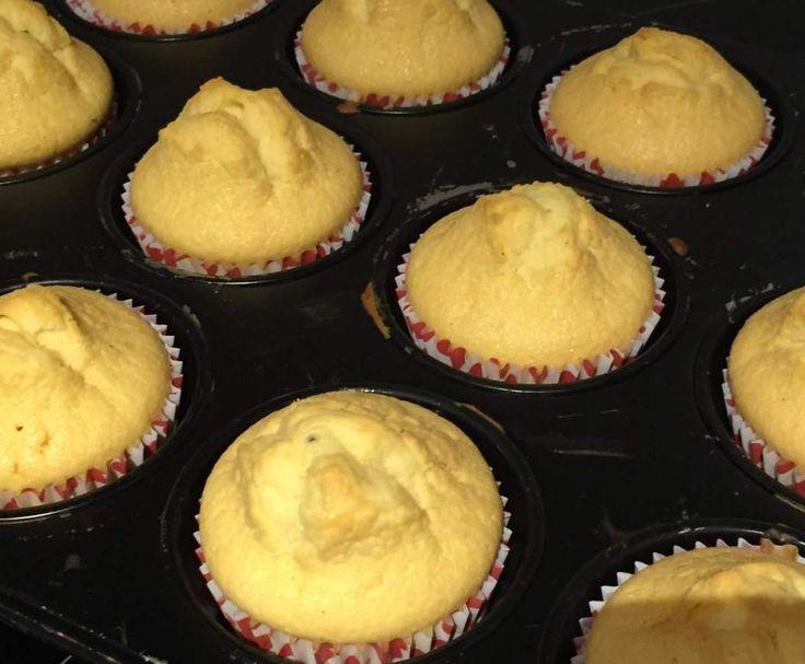 Rezept Weltbeste Eierlikörmuffins von doerte2000 - Rezept der Kategorie Backen süß