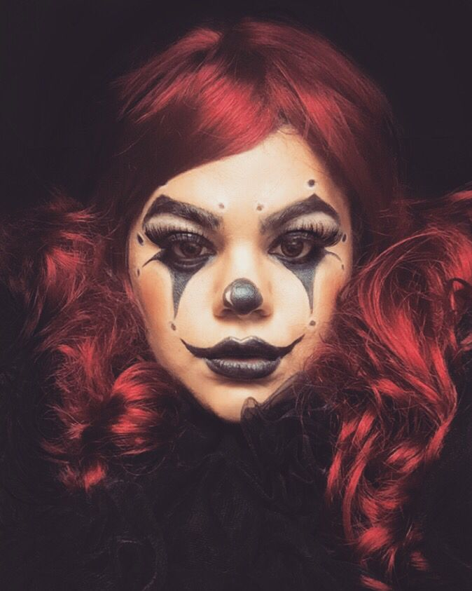 Best 25+ Clown Makeup Ideas On Pinterest | Harlequin Makeup Harlequin Costume And Girl Clown Makeup