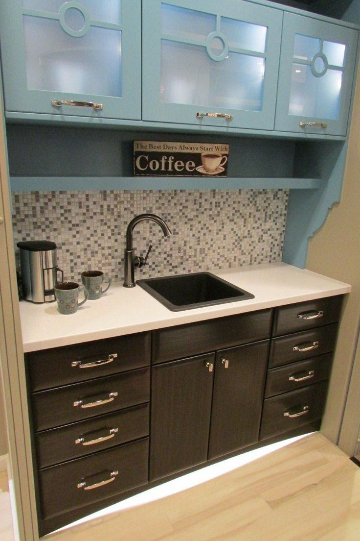 Yorktowne Cabinetry Design Trends At KBIS 2014 Lovely Two Toned