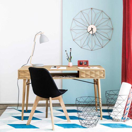 Black scandinavian chair