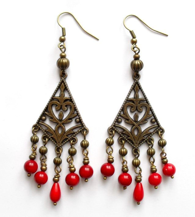 Earrings with coral.