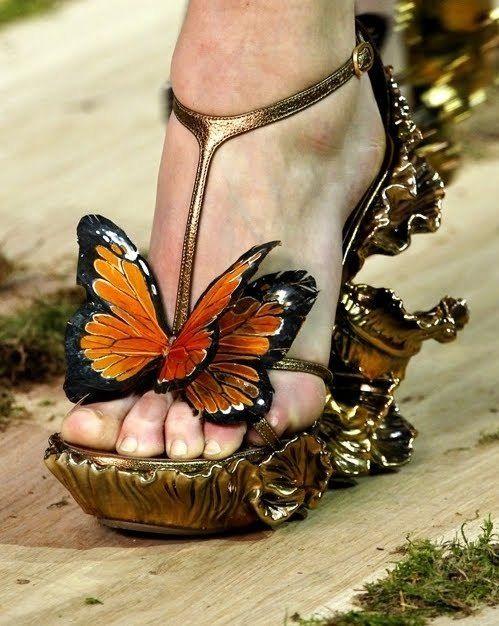 borboleta, butterfly, dourado, gold, sapatos