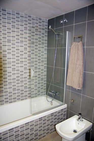 Los mosaicos siempre dan alegría a tu baño