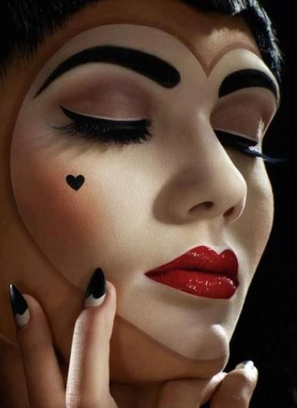 Idea trucco per Halloween Regina di cuori