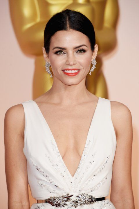 Jenna Dewan Tatum. Jenna was born on 3-12-1980 in Hartford, Connecticut, USA as Jenna Lee Dewan. She is an actress, known for Step Up (2006), 10 Years (2011),  Tamara (2005), and American Virgin (2009).