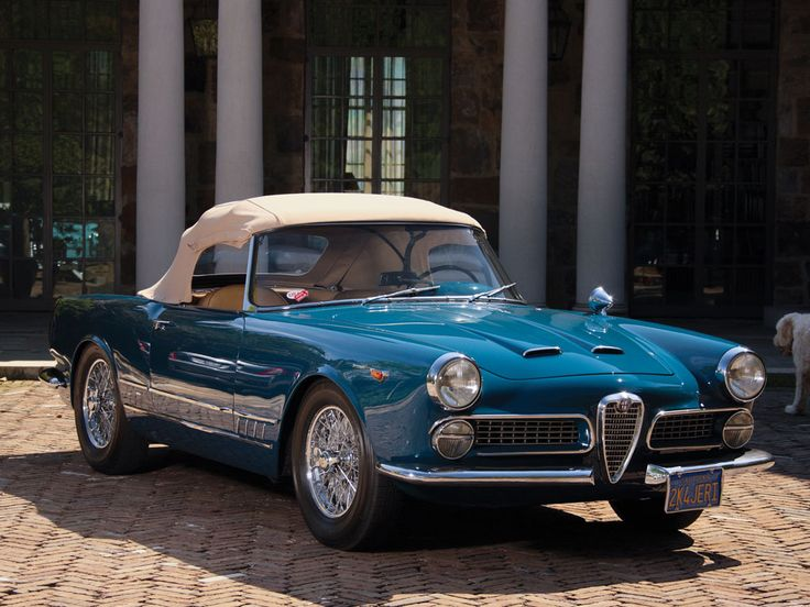 1962 ALFA ROMEO 2000 SPIDER - coachwork by Carrozzeria Touring Superleggera of Milan.