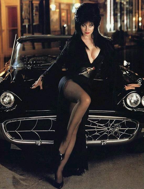 Elvira Iphone Wallpaper