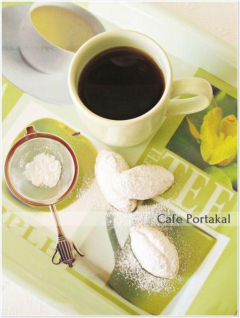 CAFE PORTAKAL: Cevizli Dolgu Kurabiye