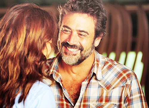 Seriously with this guy? Jeffery Dean Morgan, you can sneak into my apartment and jerk off in my tub anytime you want.