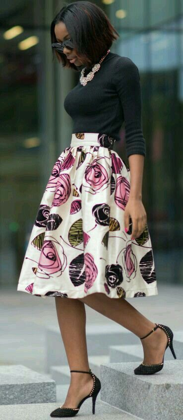 Beautiful A Line floral skirt the simple black tunic paired perfectly !