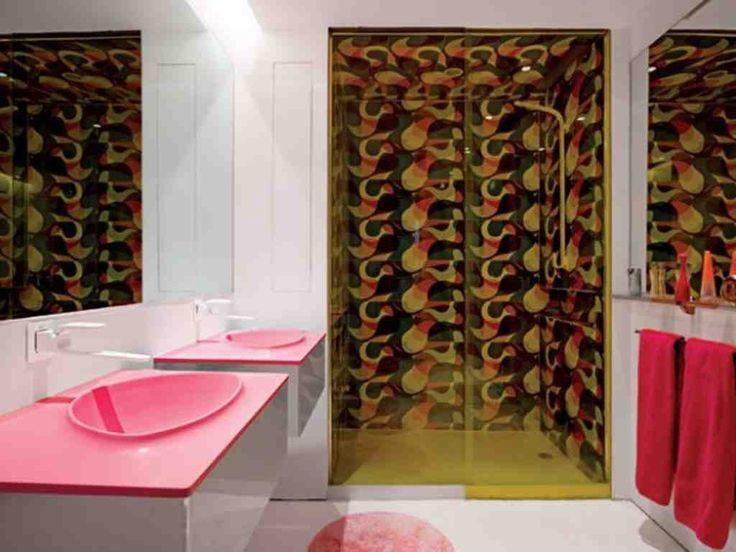 hot pink bathroom wall decor