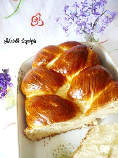 Gabriella kalandjai a konyhában :): Húsvéti fonott kalács