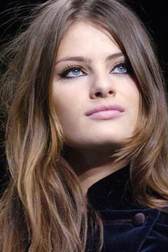 Isabeli Fontana makeup