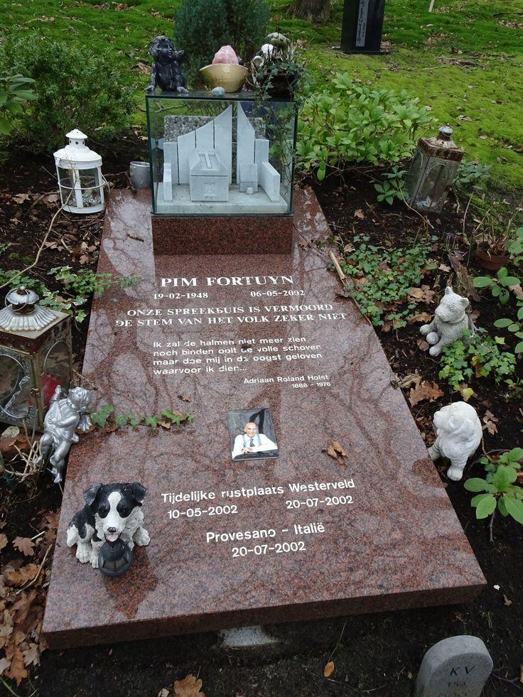 Driehuis/Westerveld - tijdelijk graf van Pim Fortuyn (mei ...