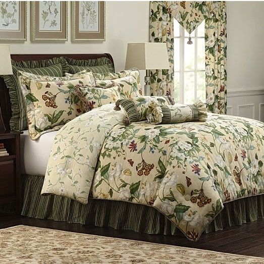 CW Colonial Williamsburg Garden Images 4-piece King Size Comforter Set
