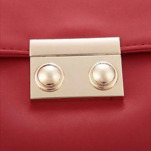 Elegancka torebka do ręki w kolorze szkarłatnym