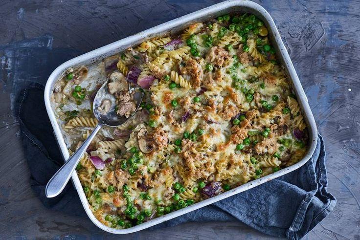 3 februari - Fusilli + uien + tonijn + romige champignonsoep in de bonus = In no time een lekkere budget ovenpasta!