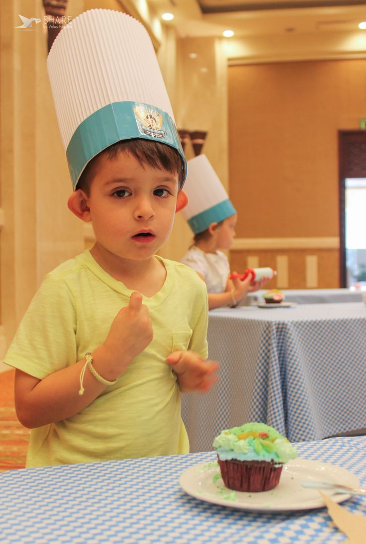 Baking and having so much fun with our lessons. Join us and decorate your cupcakes!