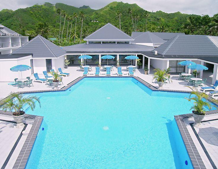 Muri Beach Club Hotels beautiful pool! #pool #muribeachclubhotel #hotel #cookislands