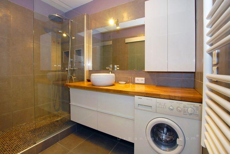 Salle de Bains avec lave-linge