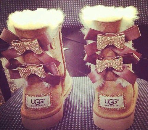 Snow boots outlet(Men Ugg Boots,Women Ugg Boots and Kids Ugg Boots) only $39.9 for this winter days,Press picture link get it immediately! not long time for cheapest
