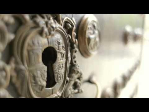 Ontdek Sevilla per fiets! Peddel naar de Giralda, het Moorse Alcázar, de Plaza España en het park María Luisa. Kies op dag 2 een thematische route, bijvoorbeeld de tapastocht door de volkswijk Triana. Overnacht in een sfeervol hotel in de Joodse wijk, met panoramisch dakterras. Ideaal voor een weekend er tussen uit of als uitbreiding op één van de reizen van SNP in Andalusië.