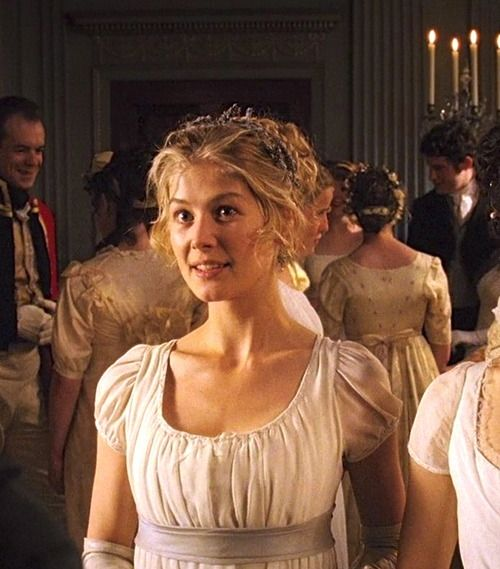 Rosamund Pike as Jane Bennet in Pride and Prejudice (2005).