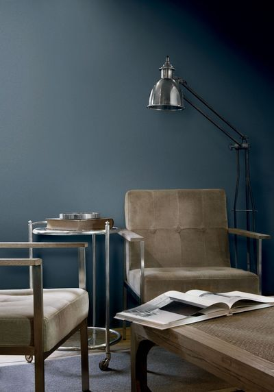 Midnight blue : un bleu industriel. Flamant et Tollens