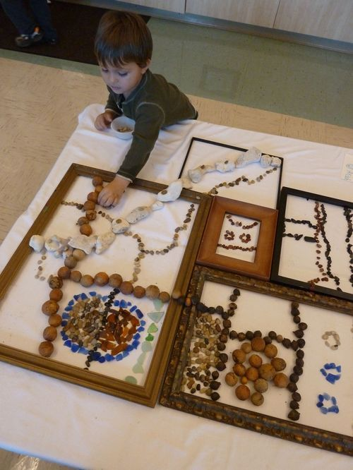 creating designs with natural materials and picture frames