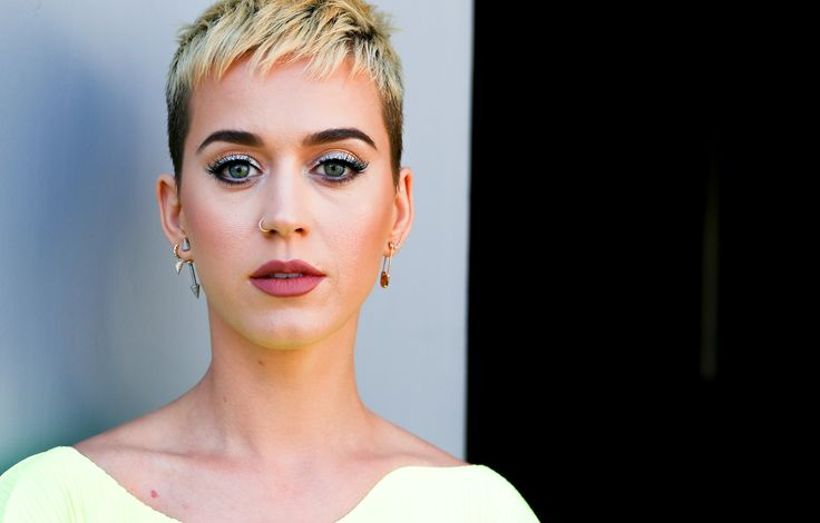 Katy Perry Opened Up About Past Suicidal Thoughts in a Live-Streamed Therapy Session