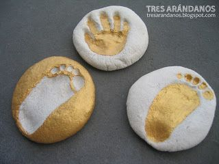 Salt dough footsteps! SO CUTE!! (And cheap) Manualidades con pasta de sal