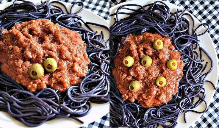 recettes Halloween plat principal- spaghetti noirs à la sauce bolognaise