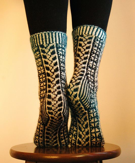 Ravelry: Touch of Summer pattern by Tiina Kuu