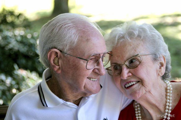 Пожилые Ромео и Джульетта сбежали из дома престарелых