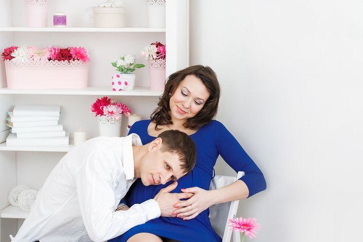 Cremas para prevenir las estrías en el embarazo - http://www.efeblog.com/cremas-para-prevenir-las-estrias-en-el-embarazo-17524/  #Embarazo #Belleza, #Embarazada