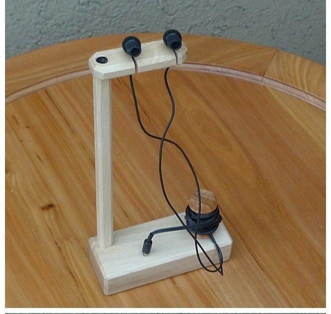 Wooden Handwork Single Earphone Stand Holder Shelf Desktop Display Stand | eBay