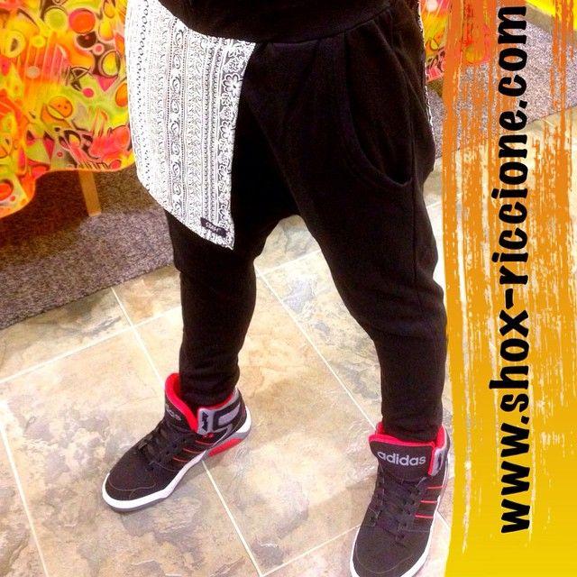 SBAM PANT with drappo floral Aztec!!! venite a trovarci allo SHOX urban clothing di viale dante 251 Riccione APERTI tutti i giorni anche la DOMENICA POMERIGGIO !per info e vendita contattateci su FB: @ SHOX URBAN CLOTHING ,spedizione in tutta Italia con corriere 5€! #SBAM #pant #2015 #SHOX #drappo #comevuoitu #sartoriainterna #fashion #spring #fresh #streetwear #life #esclusivo #nuoviarrivi  #swag  #solodanoi  #esclusivo #unici