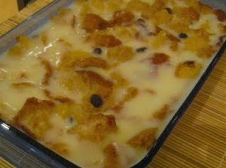 Comforting Old Fashioned Homestyle Bread Pudding with Custard Sauce