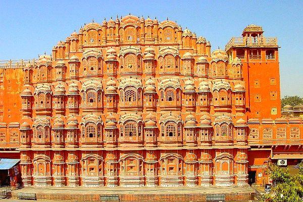 Palais des Vents au coeur de #Jaipur au #Rajasthan #voyages #circuit #inde