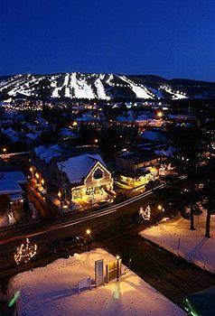 Resort Manoir Saint-Sauveur, in the charming village of Saint-Sauveur-des-Monts, Quebec, Canada. Close to Les Factories Vallee Saint-Sauveur (Outlet stores), Mont Saint-Sauveur (skiing) & Theatre Saint Sauveur. The Mont Saint Sauveur Water Park & the Laurentian Ski Museum are also close to the resort.