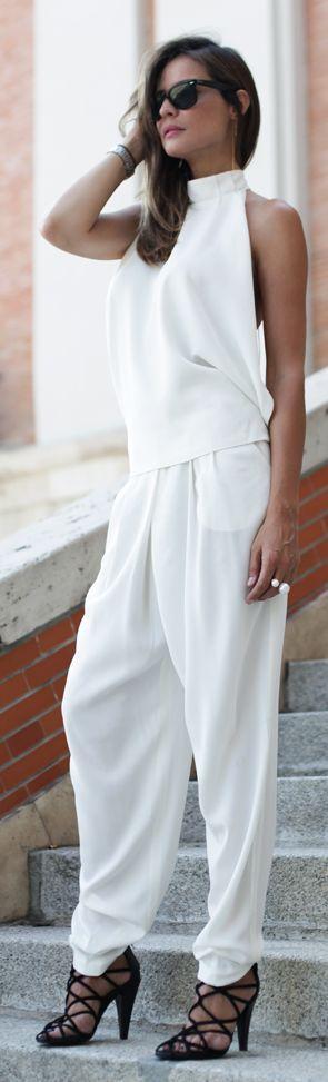 H&m White Loose Backless Halter Jumpsuit #Summer