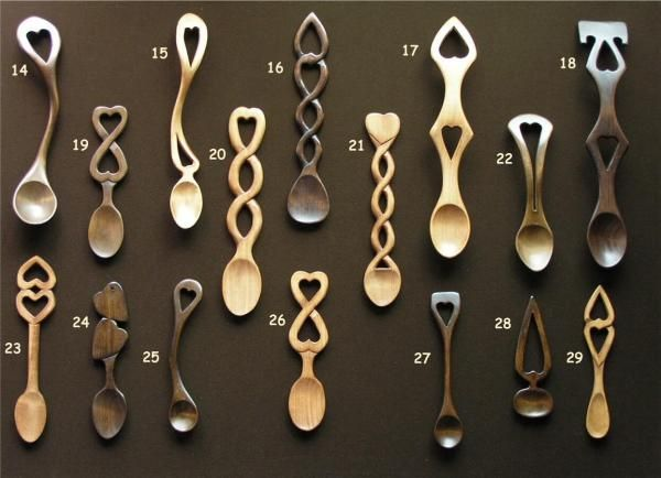 welsh love spoons i wish i could have these for favors would be perfect oh well sad w. Black Bedroom Furniture Sets. Home Design Ideas
