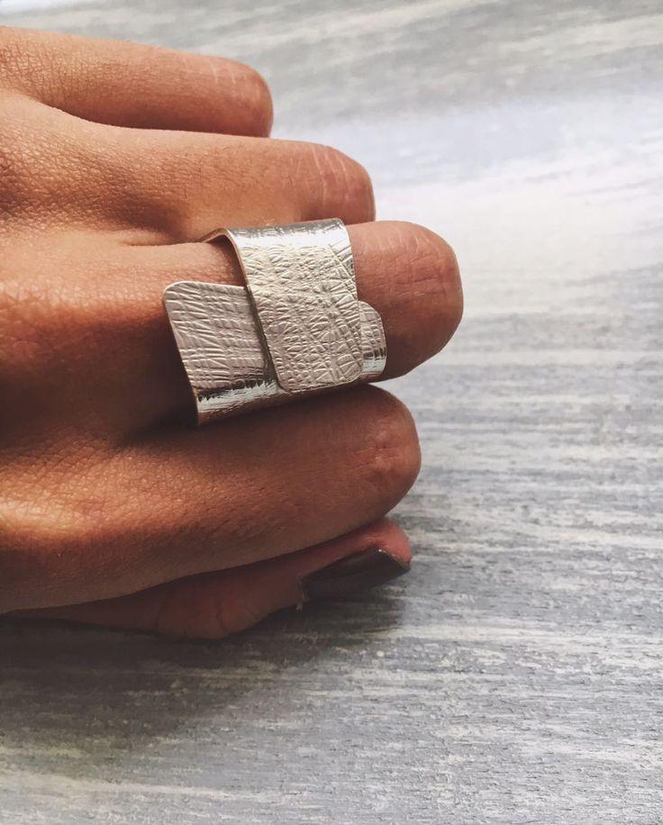 joyeria artesanal anillo cuadrado